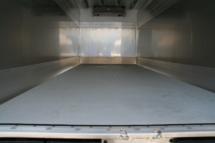 Ausstattung - Boden-Polyester mit rutschfester Besandung
