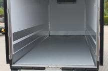 Innenausstattung - Scheuerleisten zusaetzlich zum Schutz der Seitenwaende