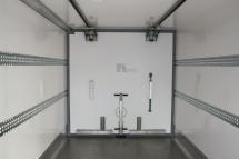 Temp-Rueckhaltesystem-Trennwand quer - verschieb- und hochklappbar